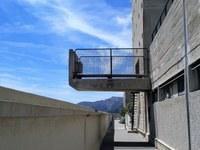 Marsiglia, La Cité radieuse, balcone sporgente sul tetto