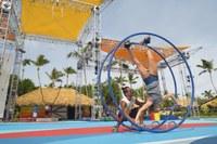 Lezioni di ruota al Cirque du Soleil © Michel JULIEN