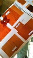 Lauris, Couleur Garance, album dei colori - arancio