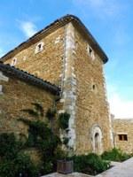 Uno degli edifici di Valsaintes