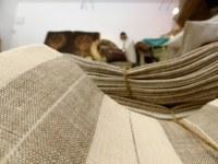 Les petits points de Provence - Un mare  di tessuto