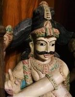 La malle des Indes, statua
