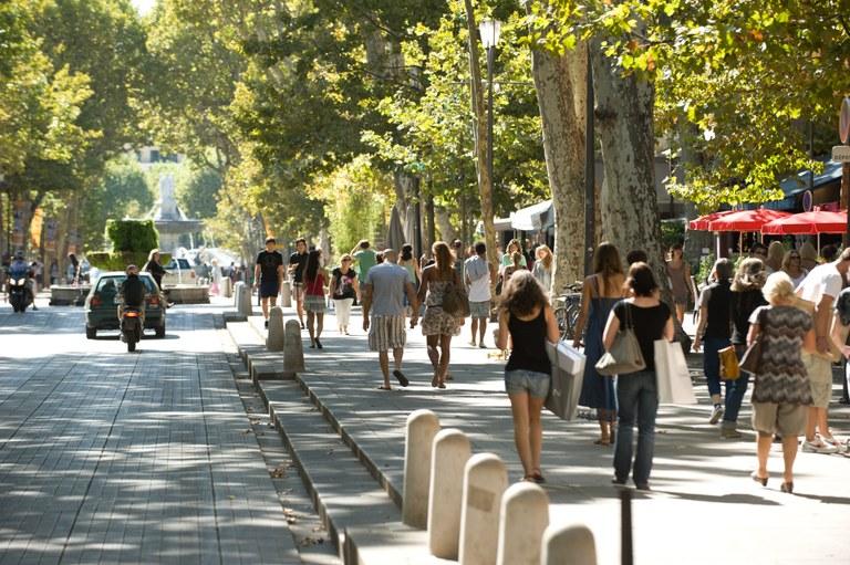 Aix-en-Provence, Cours Mirabeau © Cintas Flores