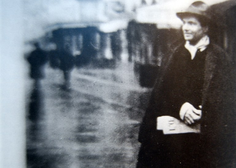 Amedeo Modigliani a Montparnasse.jpg