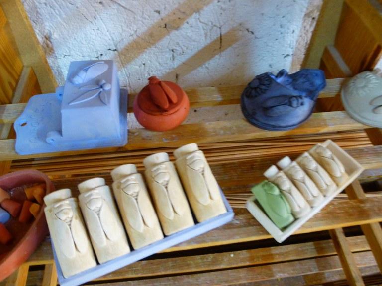 Artigianato provenzale, fase di lavorazione nel laboratorio di Christian Frisetti