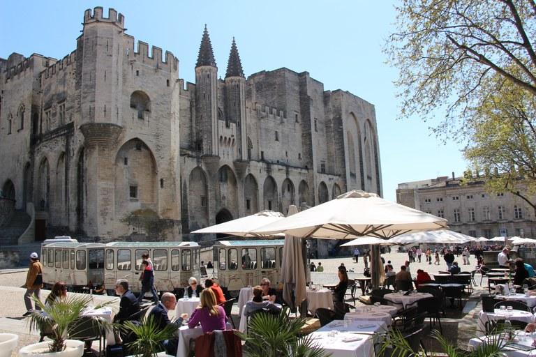 Avignone, Palazzo dei Papi © Philippe Bar