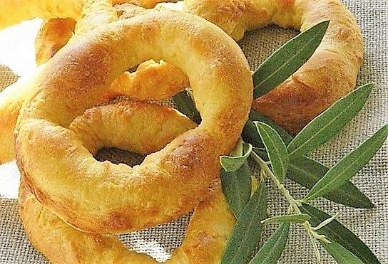 Brassadeaux, dolci di Pasqua della Provenza