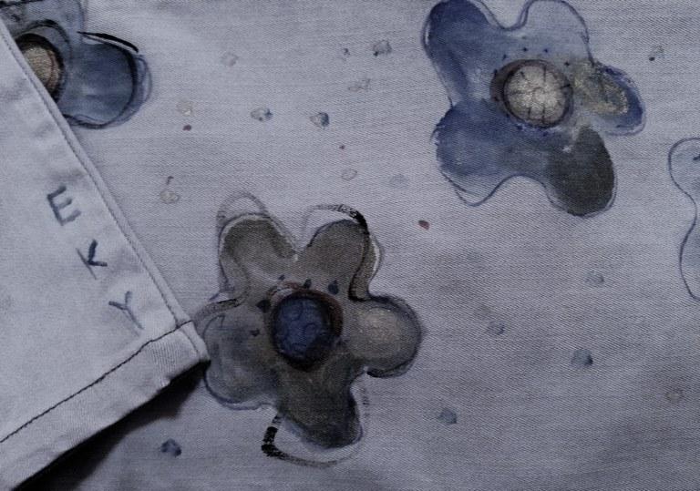 Denim dipinto a mano da Eky d'Arte