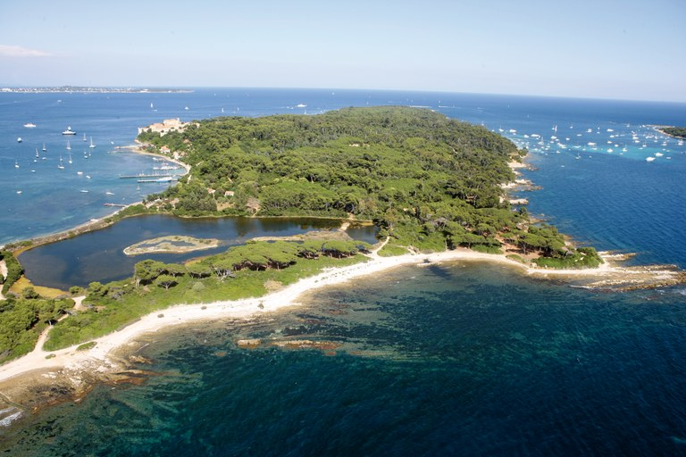 Isole di Lérins © Kelagopian