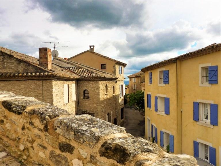 La-Roque-sur-Pernes, uno scorcio del villaggio