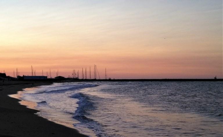Les Saintes-Maries-de-la-Mer, alba sulla spiaggia
