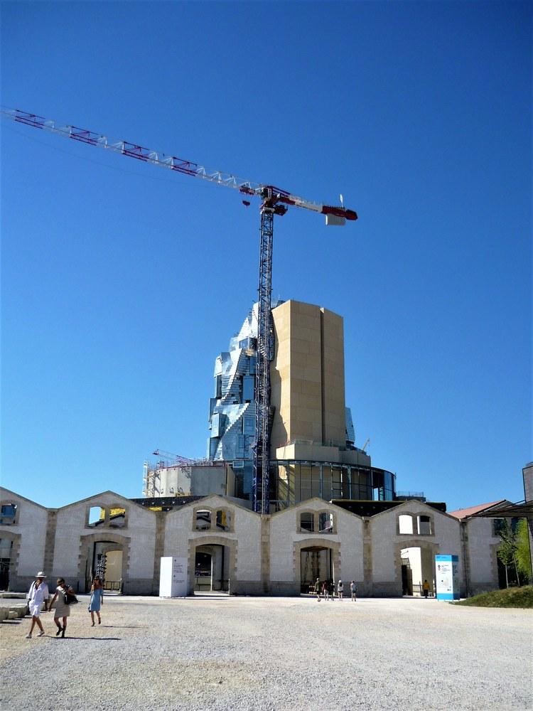 Luma Arles - La torre di Frank GHery © Penelope Costa