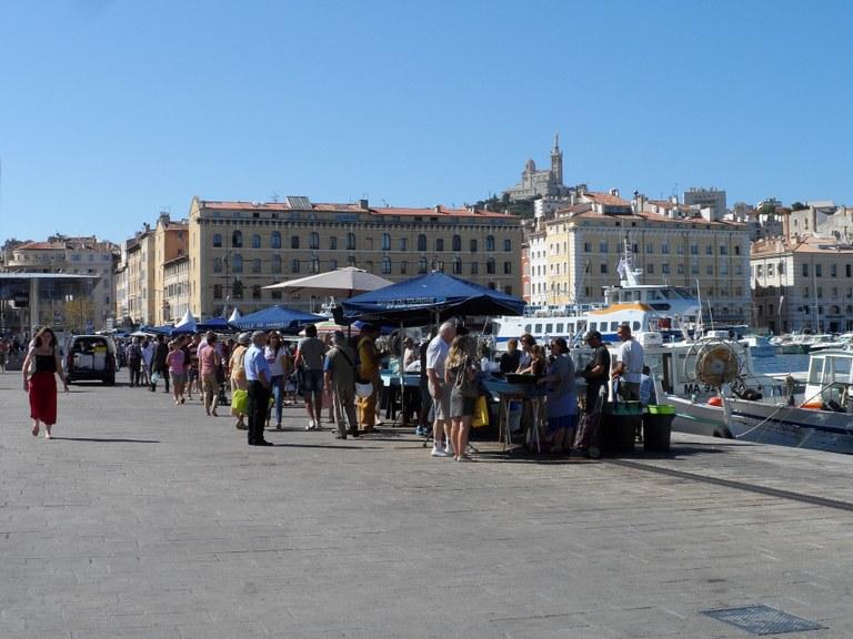 Marsiglia, al mercato del pesce del Vieux Port - Foto © Leï OTC Marseille