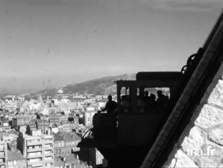 Marsiglia, La funicolare di Notre-Dame de la Garde © Institut national de l'audiovisuel