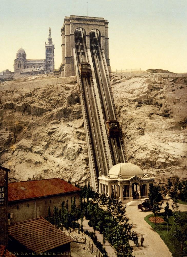 Marsiglia, la funicolare e Notre-Dame de la Garde