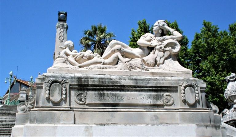 Marsiglia, la statua delle Colonie d'Africa lungo la scalinata della Gare Saint-Charles