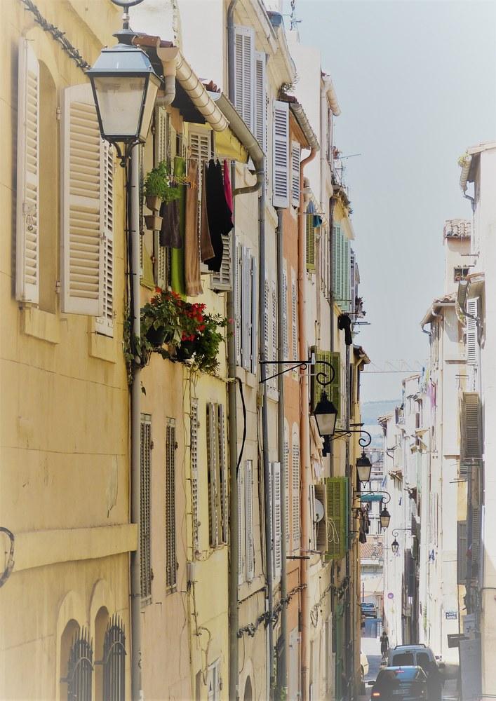 Marsiglia, per le strade della città vecchia