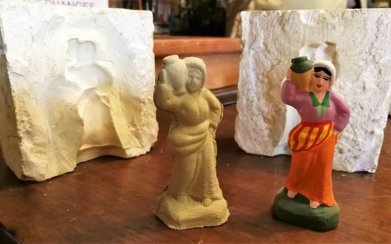 Mas de la Crémade, uno stampo di gesso per i santons