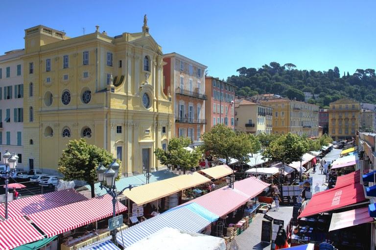 Nizza, corso Saleya - Foto: © A. Issock, OTC Nice