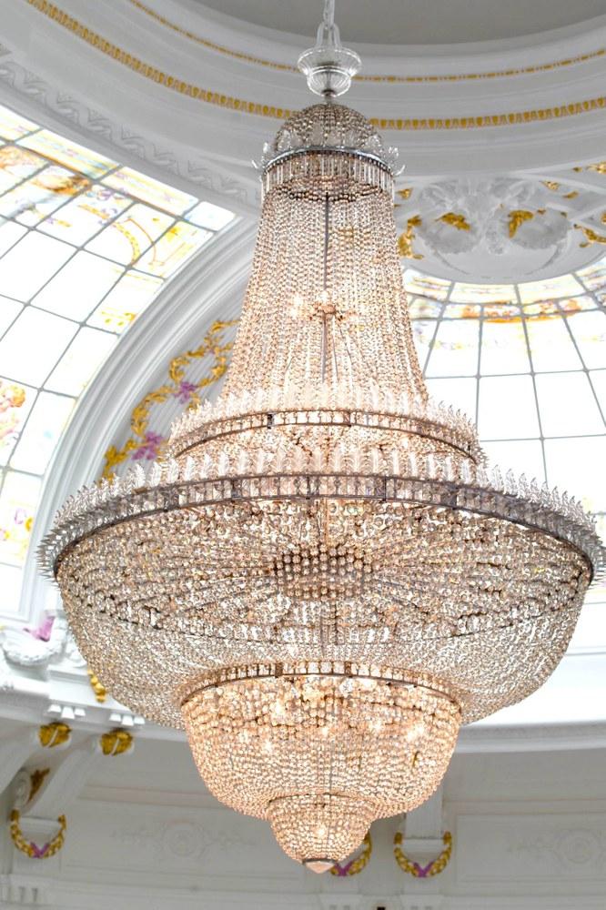 Nizza, Hotel  Negresco, il lampadario del salone delle feste