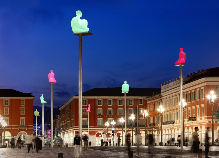 Nizza, piazza Massena illuminata - Foto: © OTC Nice