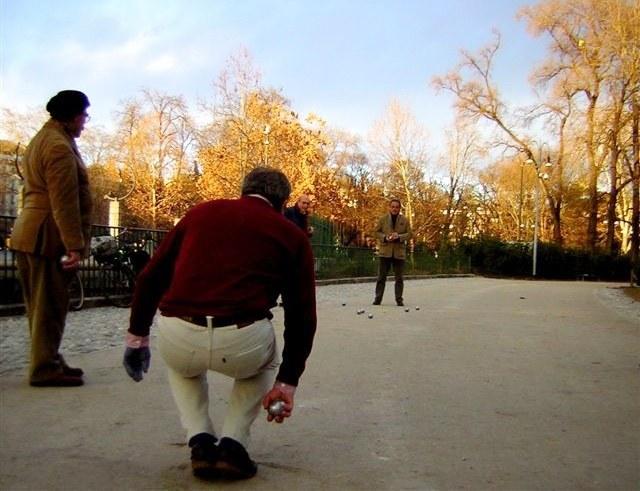 Giocatori di pétanque al Parco Sempione. Foto  © MilanoPetanque
