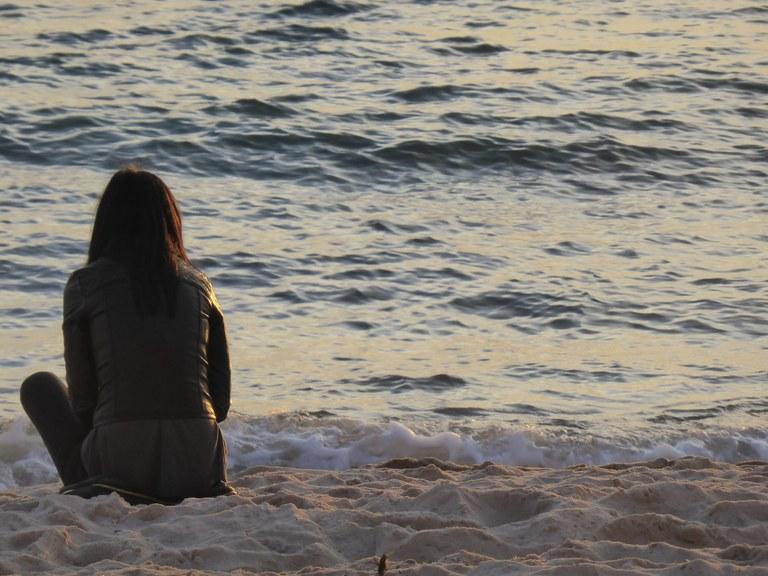 Ragazza sulla spiaggia - Foto: redazione