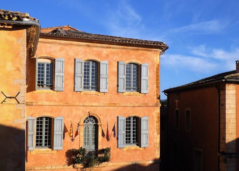 Roussillon, la sede del Comune