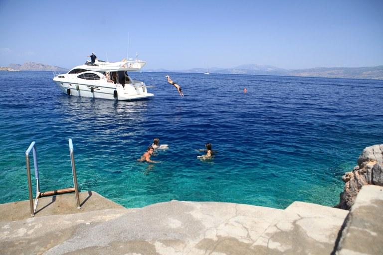 Su e giù dallo yacht, comfort e attività per tutti