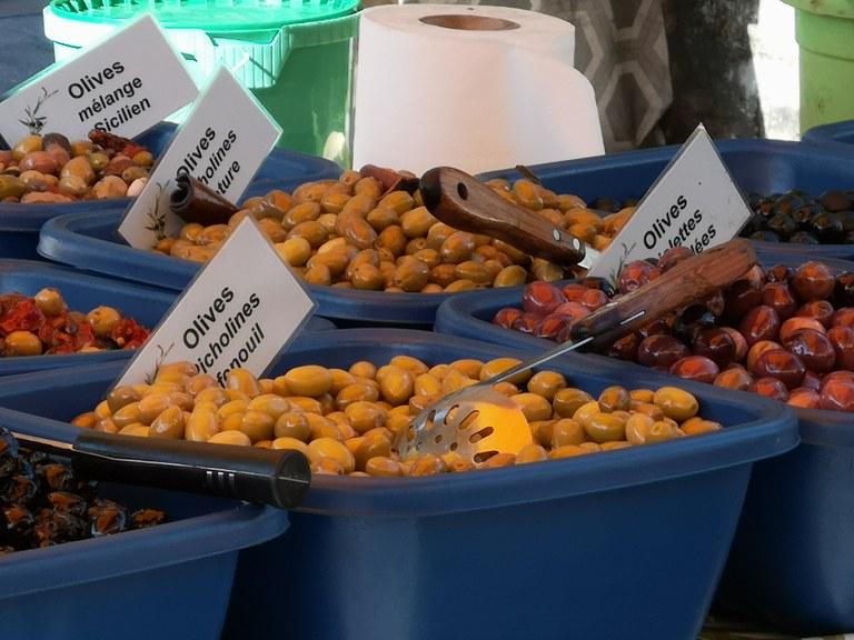 Vaison-la-Romaine, le immancabili olive