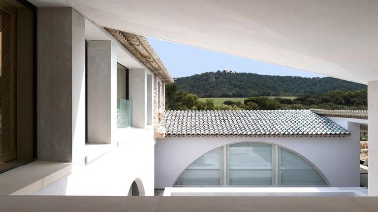 Veduta di Villa Carmignac © Photo Marc Domage
