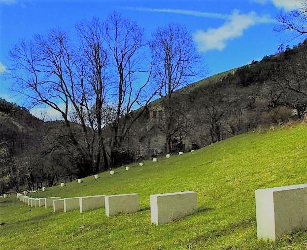 Viapac, Edge-stones, di Richard Nonas © Alpes-de-Haute-Provence Tourisme