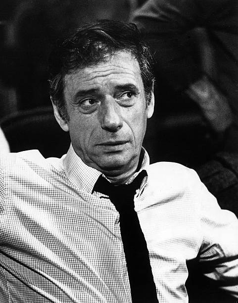 Yves Montand nel 1974 - Immagine Mondadori Publishers
